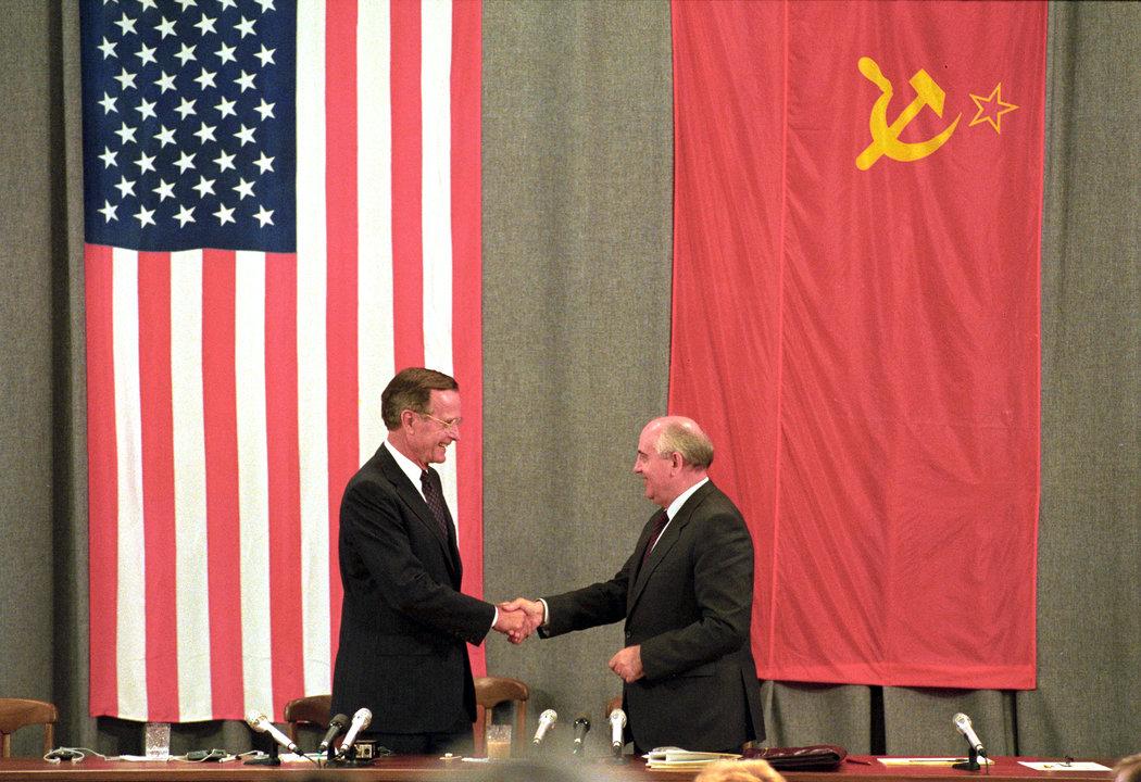 冷戰陰霾從未散盡,美國的勝利只是幻象 - 紐約時報中文網