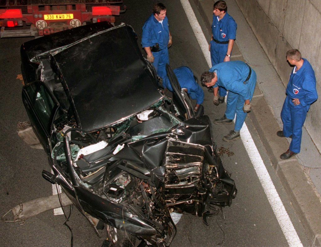 Traffic Accident Investigator Cover Letter Death Of Diana Times Journalists Recall Night Of The Crash The