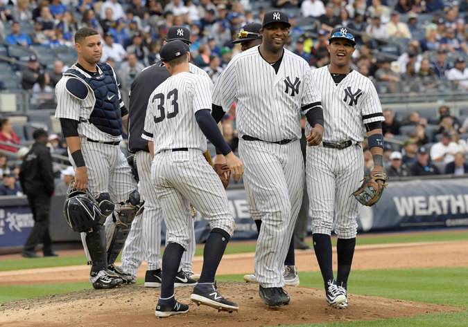 01yankees3 master675 - Yankees 2, Blue Jays 1: Wild Card Game Awaits the Hot Yankees as Their A.L. East Hopes End