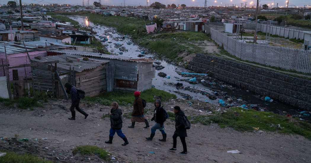 Photos of South Africa Show a Country Still Divided