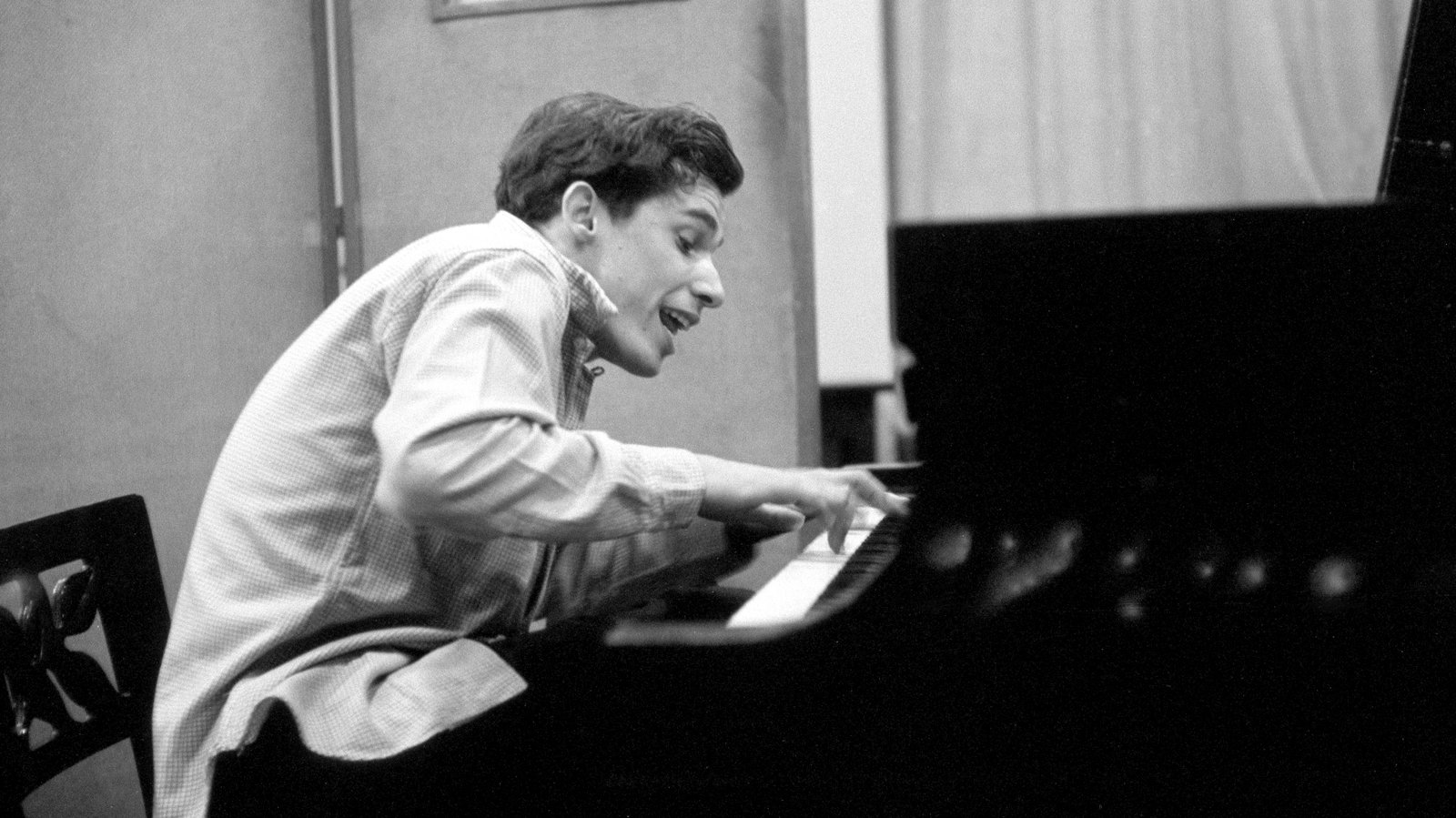 5 Hours of Glenn Gould Outtakes Why Listen and Find Out