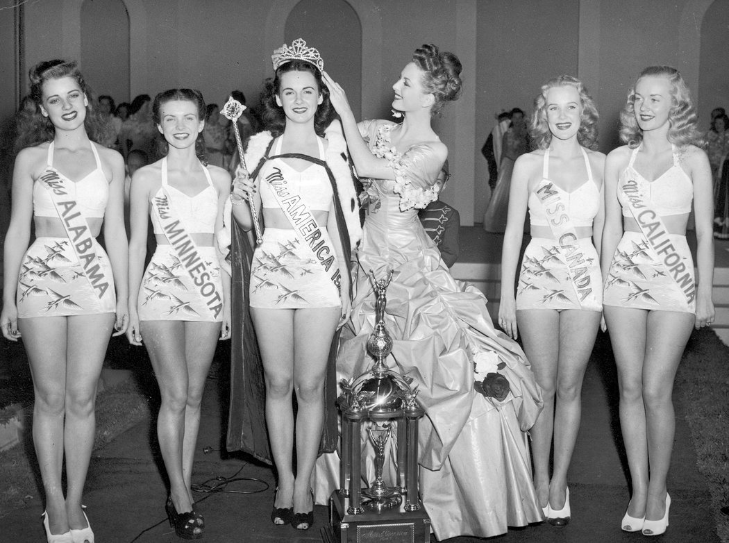 美國小姐選美取消泳裝環節:不以外表評判人 - 紐約時報中文網