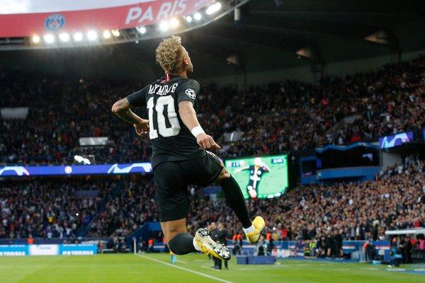 Champions League Neymar S Hat Trick Powers P S G In Rout
