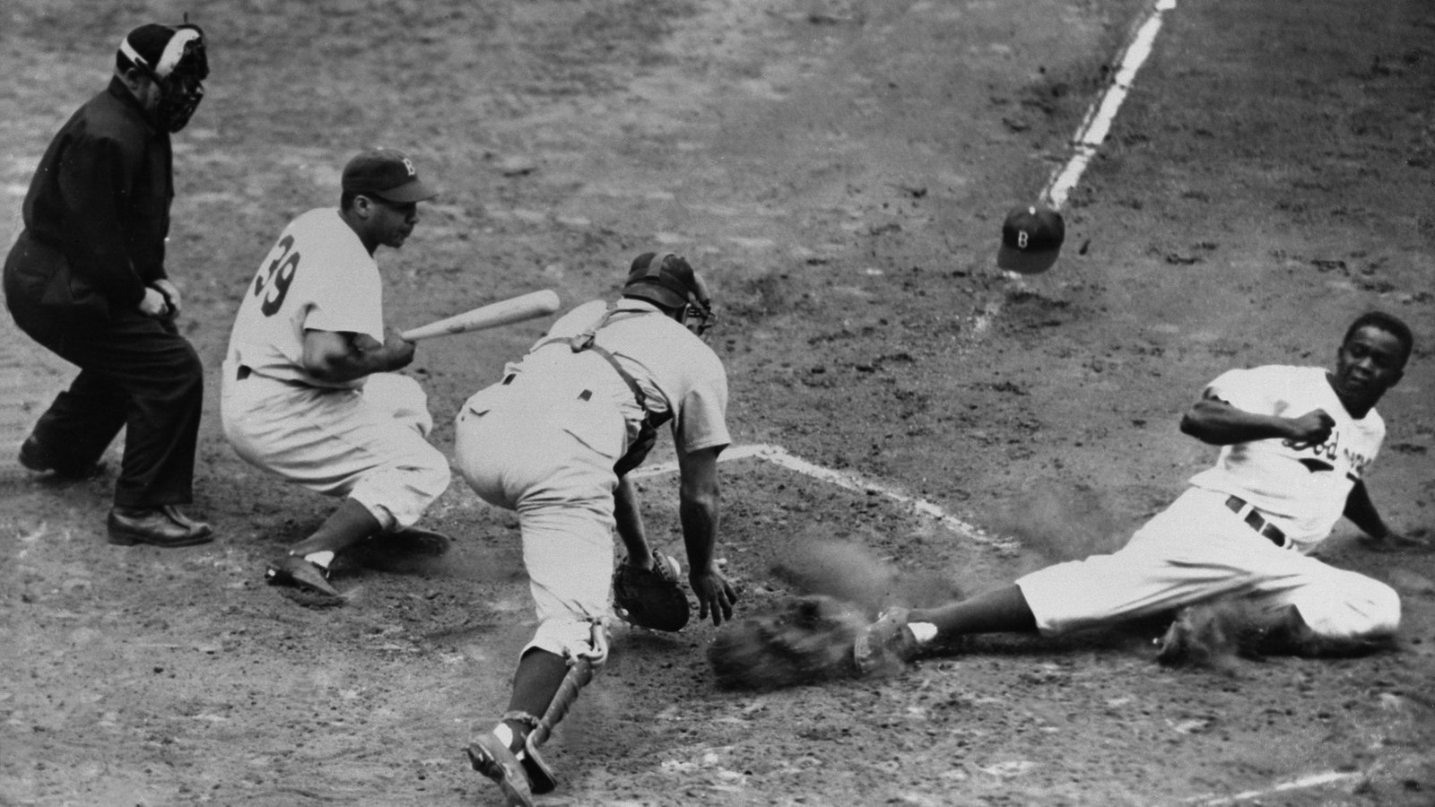 On Jackie Robinson Day 100 Photos Of The Icon On The