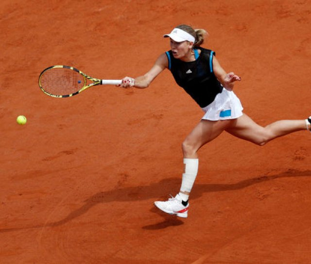 Image Caroline Wozniacki Whose Preparation For The French Open Had Been Hampered By An Injured Left
