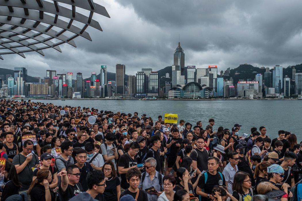 簡報:香港遊行爭取大陸遊客支持;武漢爆發抗議活動 - 紐約時報中文網
