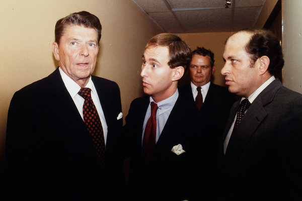 Mr. Stone, center, with Ronald Reagan in Detroit in 1980.