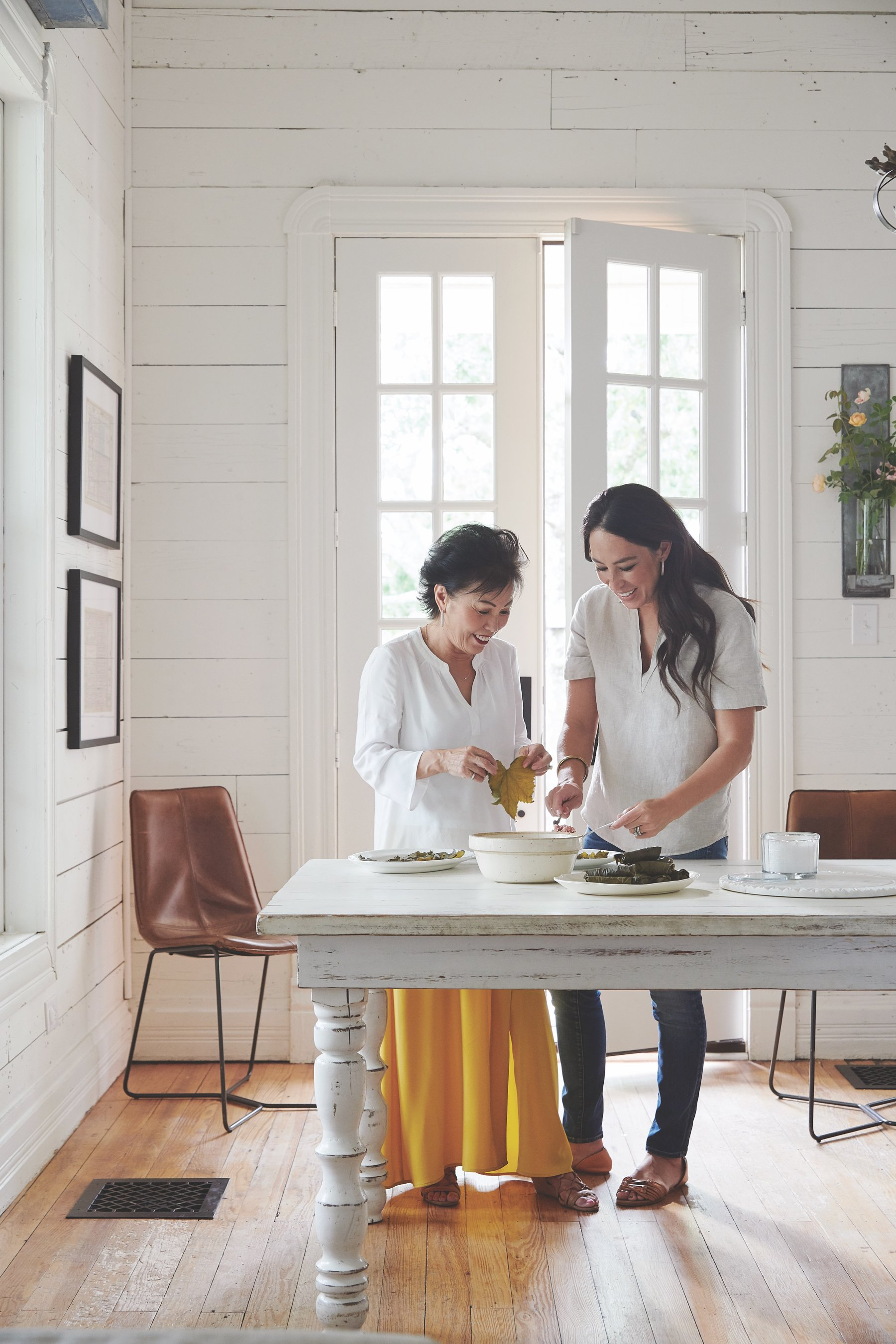For Joanna Gaines Home Is The Heart Of A Food And Design Empire The New York Times