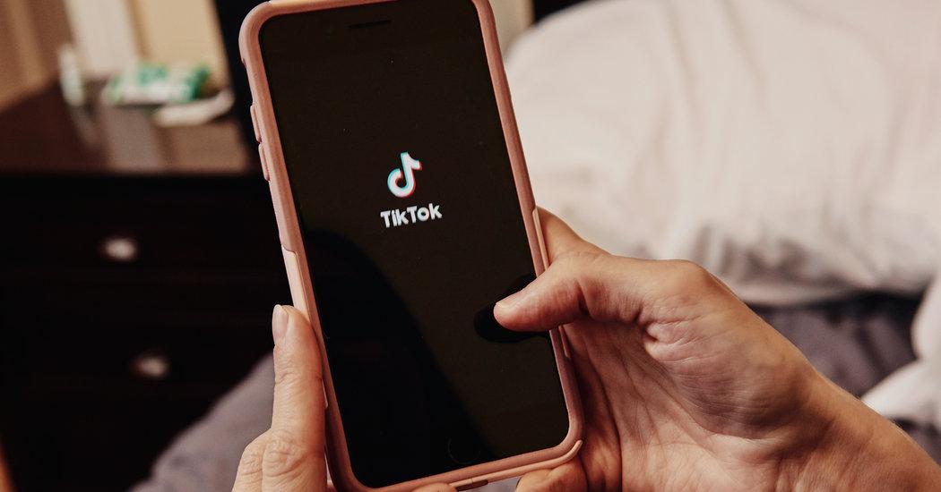 TikTok Broke Privacy Promises, Childrens Groups Say