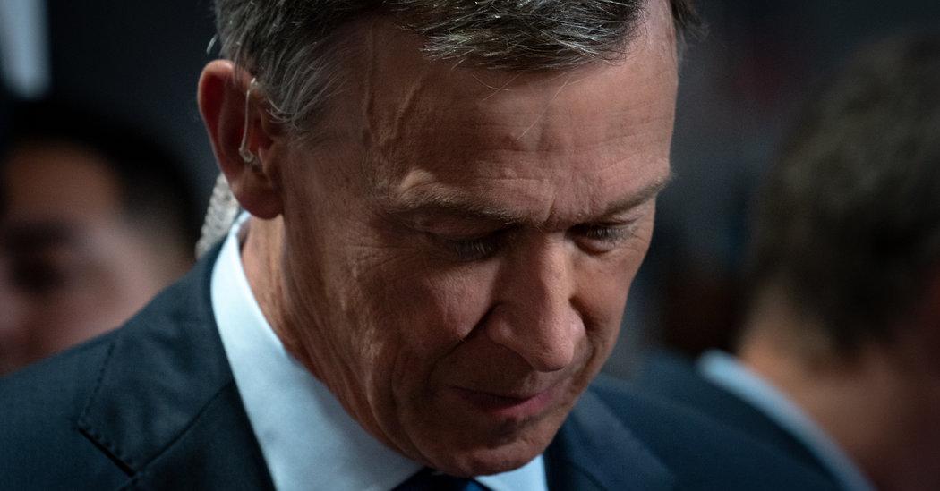 Photo of Hickenlooper Stumbles in Colorado Race, Complicating Democrats' Senate Push