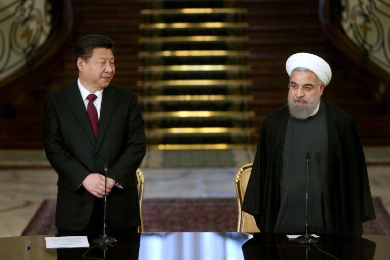 中伊伙伴关系由中国领导人习近平在2016年访伊时首次提出,他当时会见了伊朗总统哈桑·鲁哈尼。