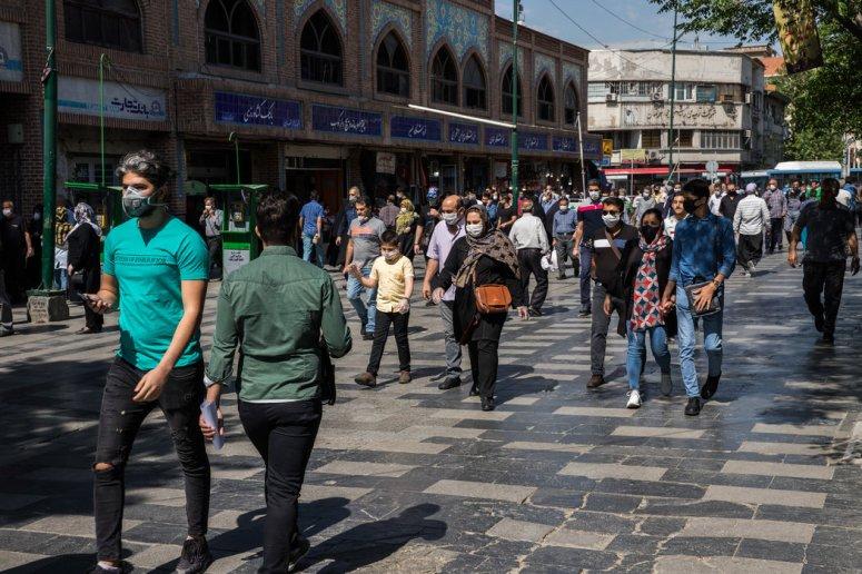 5月的德黑兰。美国的新一轮制裁吓跑了伊朗急需的外国投资,成功扼杀了伊朗经济发展。