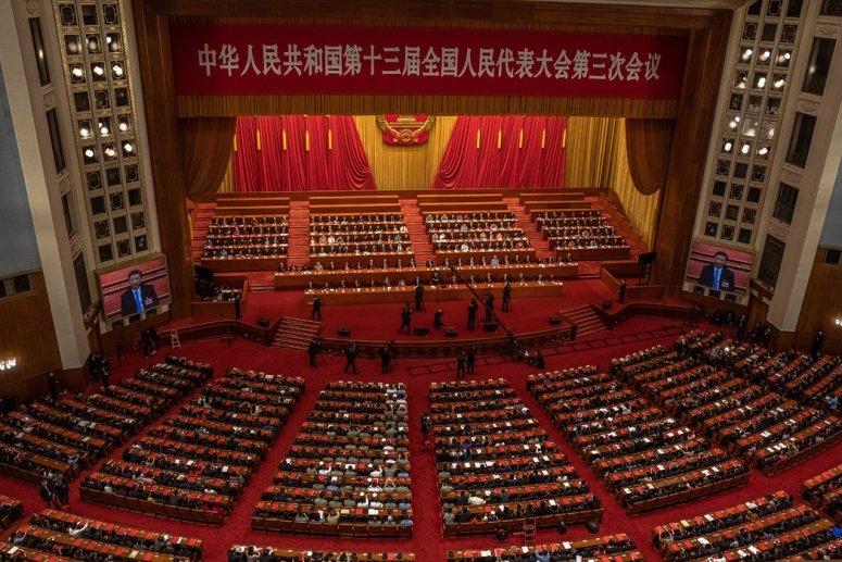 今年5月,在北京人民大会堂出席第十三届全国人民代表大会的代表们。