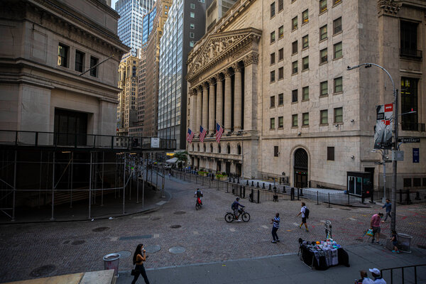 The New York Stock Exchange in Manhattan. The price of gold briefly hit a record Tuesday.