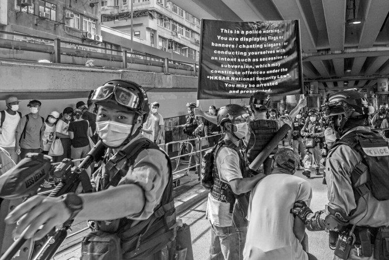 北京为香港制定并强行实施的新国安法,有一些条款也适用于香港以外的人士。