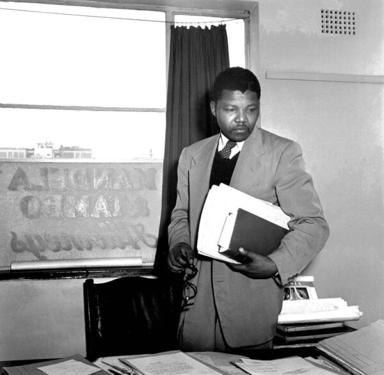 Mr. Schadeberg photographed Mr. Mandela in 1952 in the law office he shared with Oliver Tambo in Johannesburg.