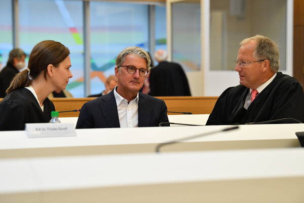 Rupert Stadler, center, in a Munich courtroom on Wednesday. He ran Audi from 2007 to 2018.