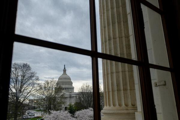 La evidencia de una mayor necesidad se produce cuando el Congreso sigue estancado en las propuestas para proporcionar más ayuda.