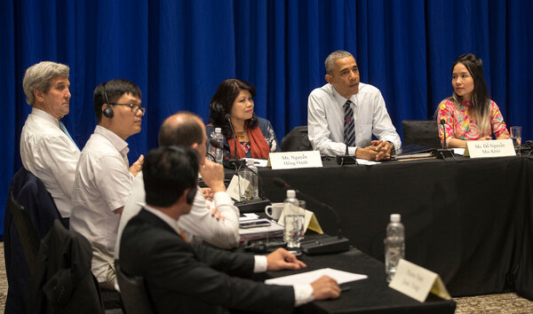 Then-President Barack Obama met with Vietnamese activists in Hanoi in 2016. Pham Doan Trang was invited, but the police detained her as she was on her way.