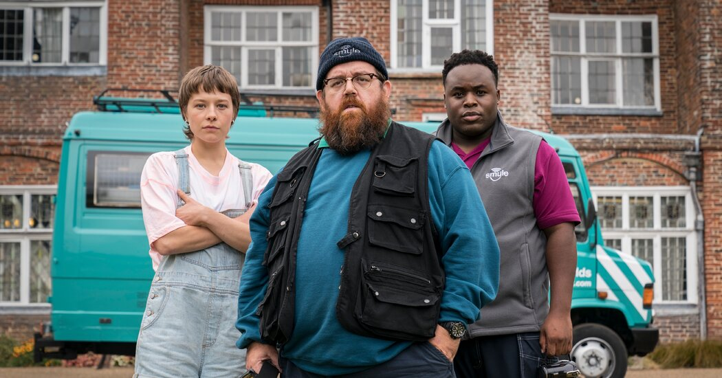Simon Pegg and Nick Frost Are Back With 'Truth Seekers'