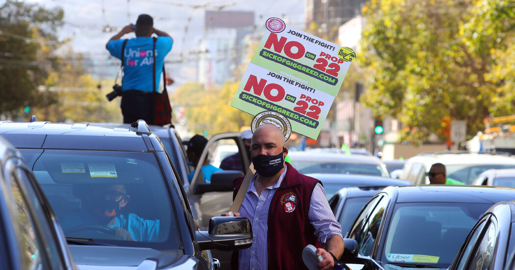 Uber and Lyft Drivers in California Will Remain Contractors