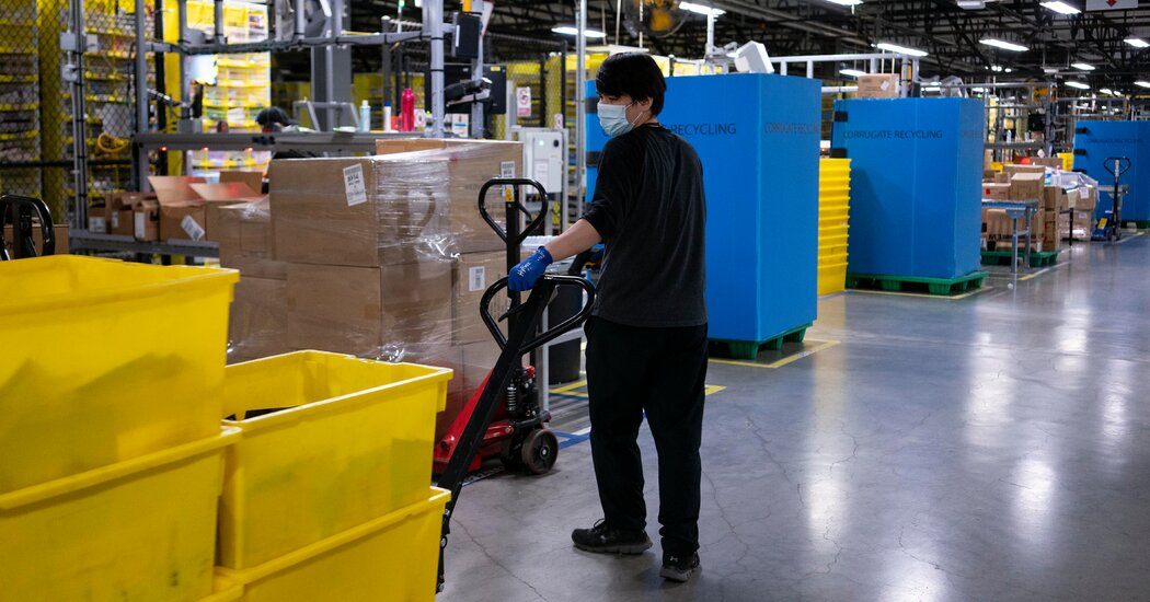 Amazon Workers Near Vote on Joining Union at Alabama Warehouse