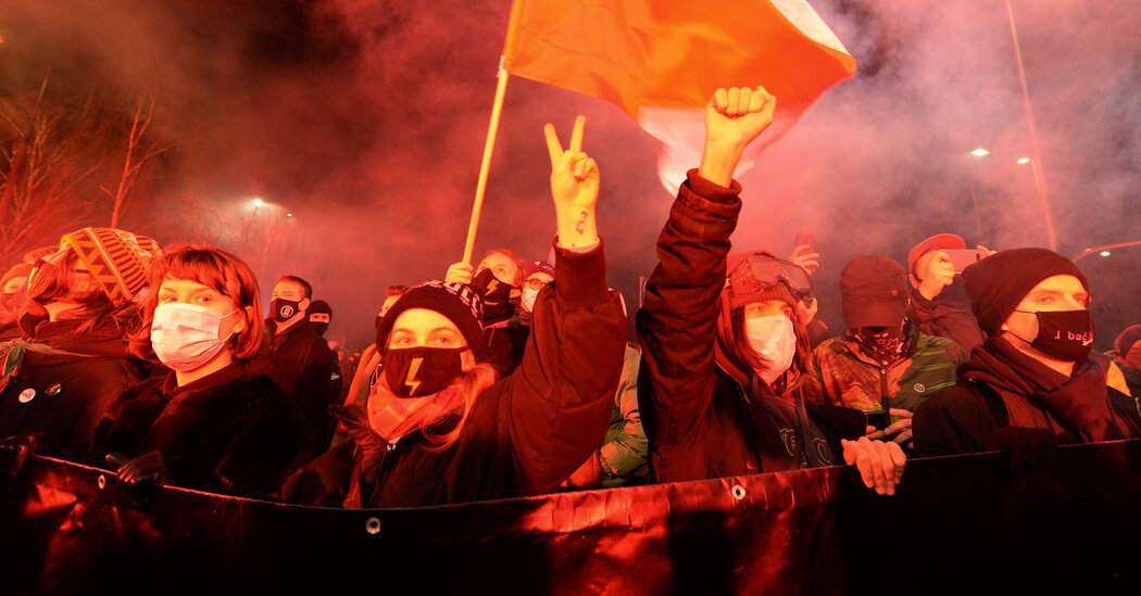 Protesters in Poland Vow to Fight Abortion Ban