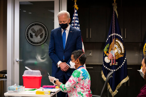 President Biden visiting a vaccination site for veterans in Washington on Monday.