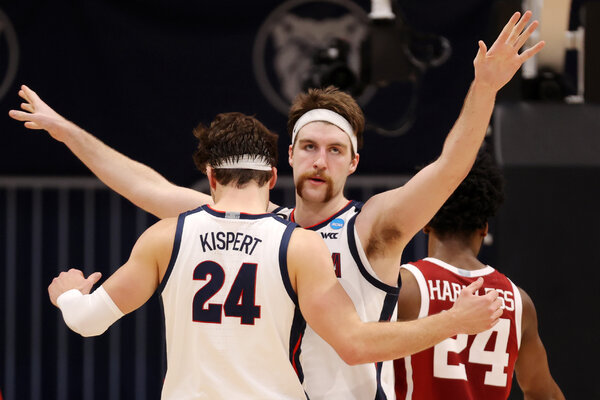 Drew Timme says Gonzaga thinks the playing field is tight in the men's tournament.