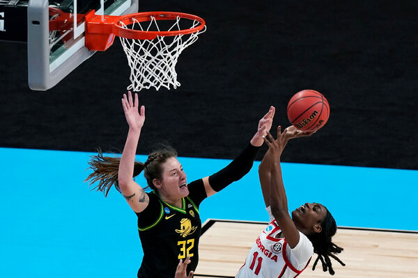 Sedona Prince of Oregon added four blocks to her game-high 22 points.