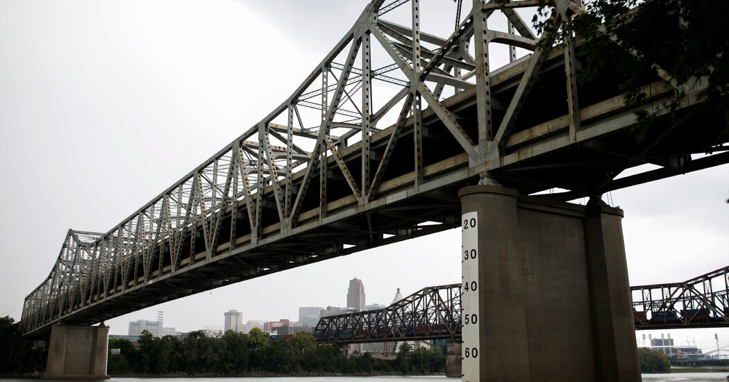 Old Tunnels and Rusting Bridges: America's Creaking Infrastructure