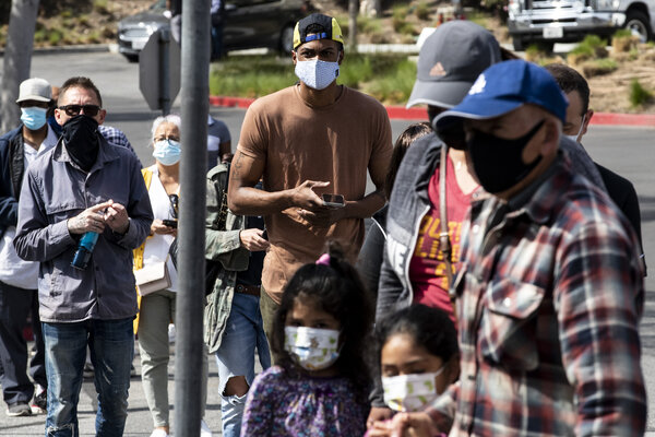 People in line at a Federal Emergency Management Agency vaccination clinic in Los Angeles this week.
