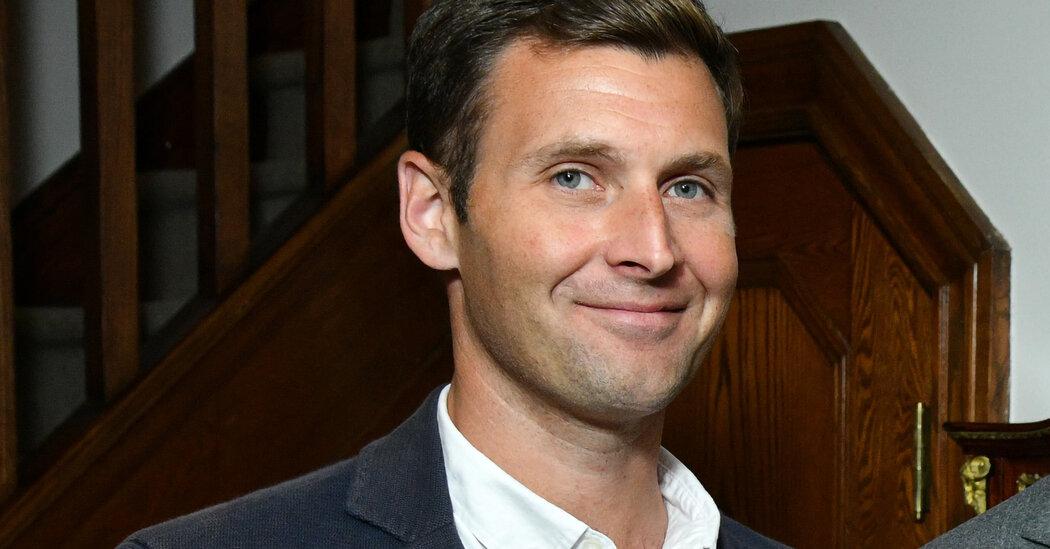 Former Condé Nast Editor Plans a Vanity Fair for the Substack Era