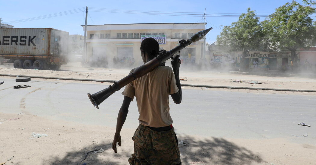 Gunfire Erupts in Mogadishu as Somalia's Political Feud Turns Violent