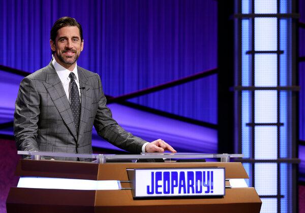 """Aaron Rodgers ha recentemente provato per un altro lavoro: ospitare """"Jeopardy"""" dopo la morte della star di lunga data del quiz show, Alex Trebek."""