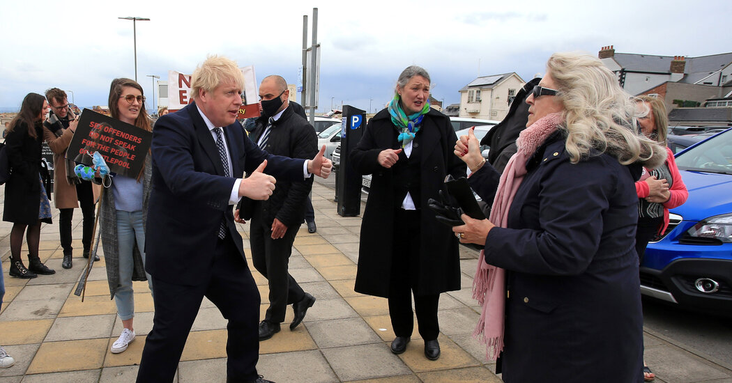 U.K. Elections Likely to Favor Boris Johnson, and Scottish Separatists