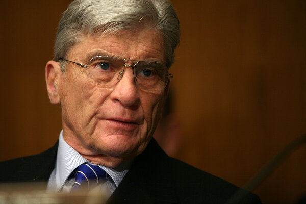 Senator John Warner in 2007.The peak of his power in the Senate began in 1999, when he became chairman of the Armed Services Committee.