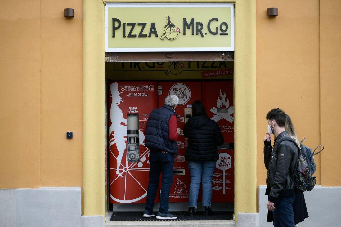 Pizza Vending Machines in Rome?