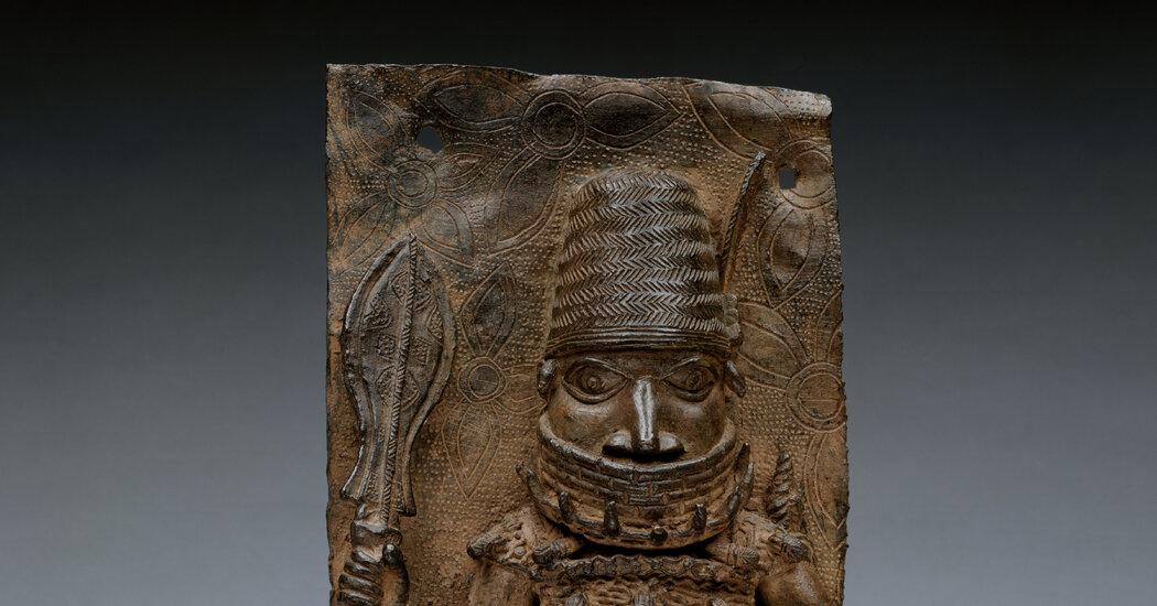 Met Museum Announces Return of Two Benin Bronzes to Nigeria