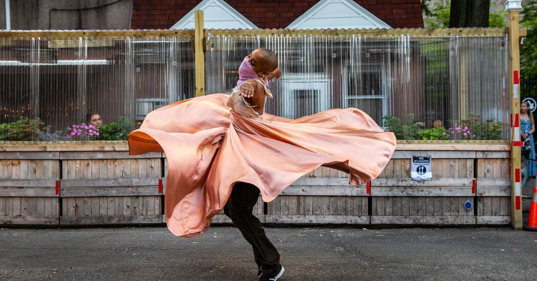 Aunts Is Back, Turning City Blocks Into Dance Floors