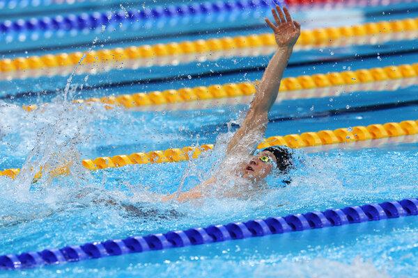 Ryan Murphy of the U.S. got silver in the 200-meter backstroke.