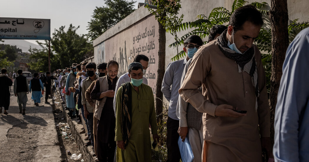 As Fears Grip Afghanistan, Hundreds of Thousands Flee