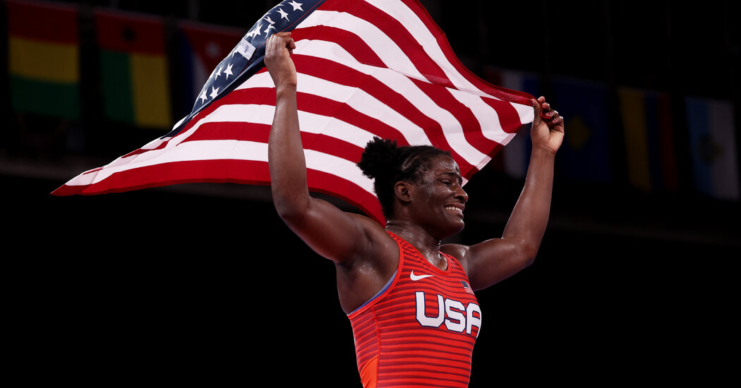 Some Olympic Medal Winners Receive Cash Bonuses