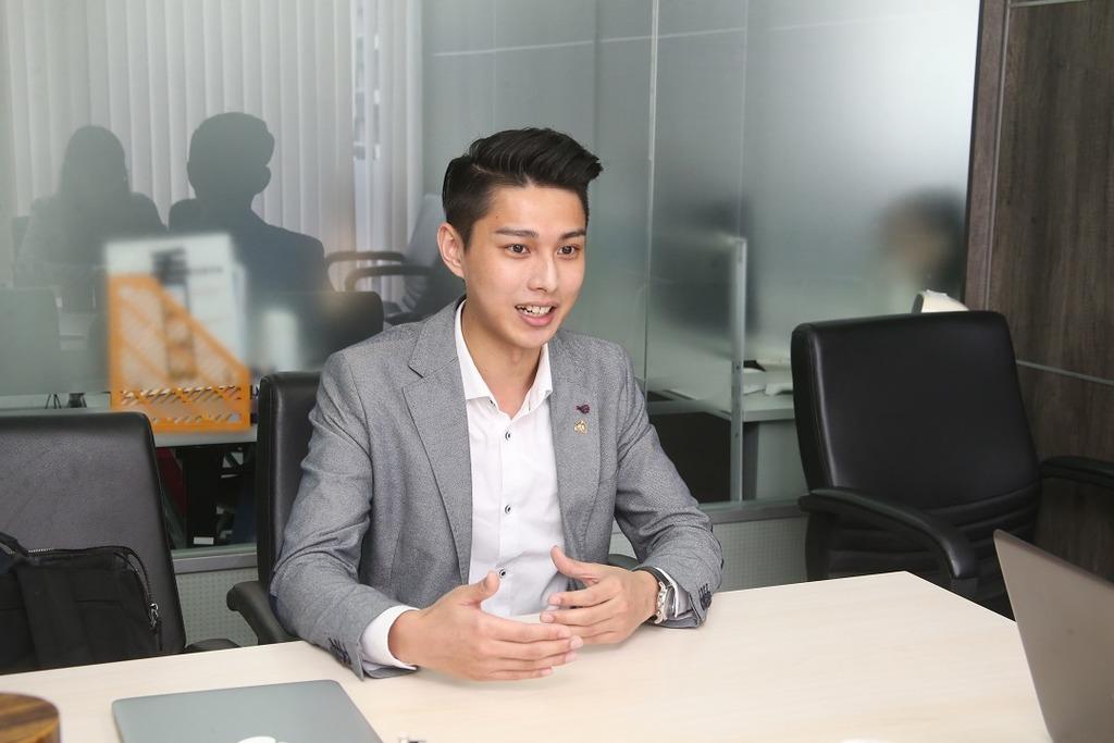 陳葒學生不求賺錢寫免費補習App:希望幫到基層學生 - 香港經濟日報 - TOPick - 親子 - 親子資訊 - D180420