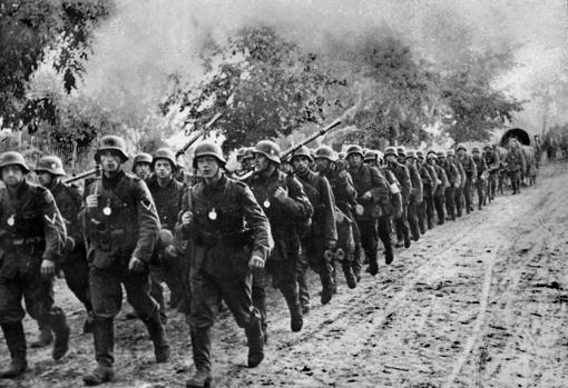 Divisiones alemanas avanzan hacia Polonia