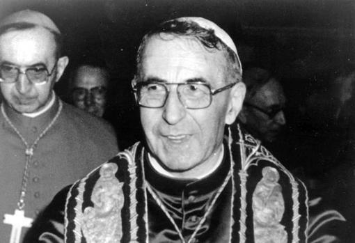 El Papa Juan Pablo I en su primer día ocupando el sillón de San Pedro