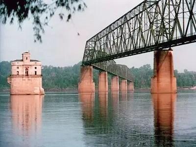 Mississippi River Barge Shutdown Business Insider