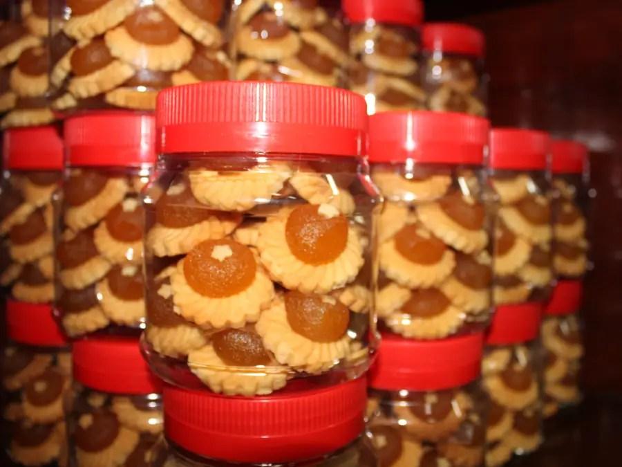 Pineapple tarts are a traditional Peranakan dessert.