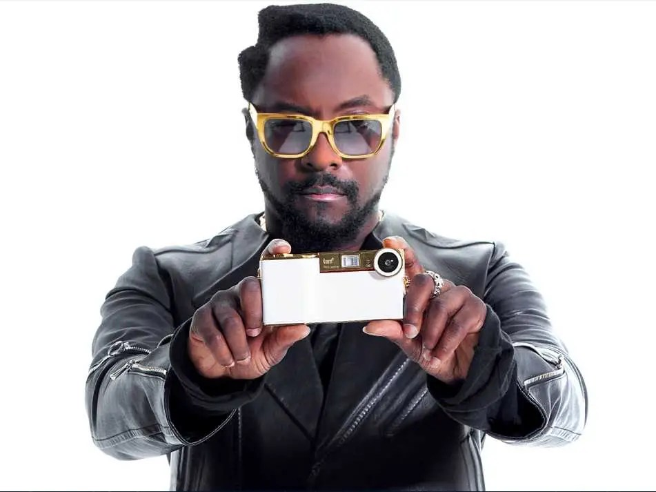 Will.i.am wants to make iPhone photos a lot more fun.