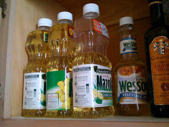 9. Refined Seed- and Vegetable Oils Are Healthy